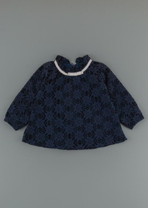 Детска блуза от дантела