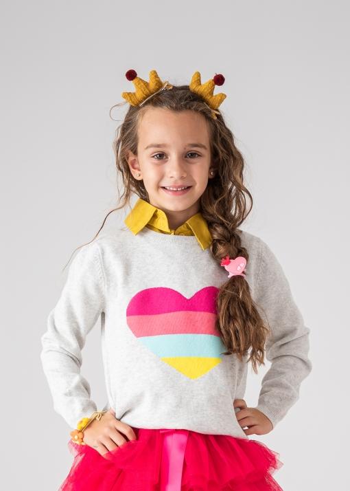 Детски пуловер със сърце