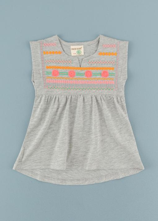 Детска тениска с бродерия