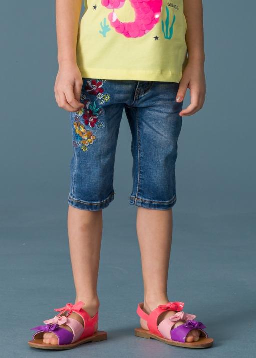 Детски къси дънки с бродирани цветя