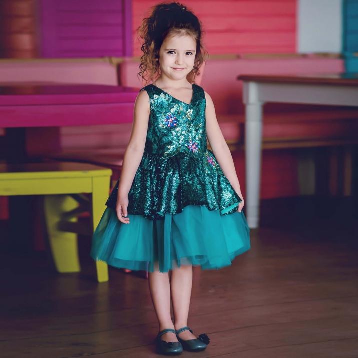 Детска официална рокля с пайети